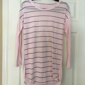 Victoria's Secret nightgown/sleep tee